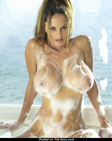 Petra Verkaik - wet naked brunette with big tits picture