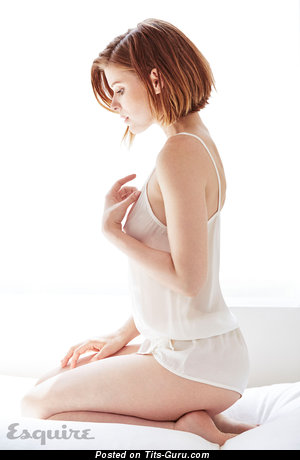 Kate Mara - Nice Topless American Brunette Actress with Nice Naked Natural Normal Knockers & Long Nipples (Hd Porn Wallpaper)