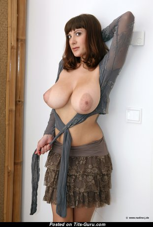 Pretty Glamour Playboy Doll with Pretty Exposed Full Tots & Long Nipples (Hd Sexual Foto)