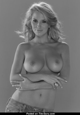 Adorable Babe with Adorable Naked Natural Mid Size Busts (Hd 18+ Pic)