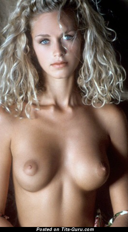 Magnificent Topless Blonde Babe with Magnificent Bald Petite Boobie (Hd Sexual Picture)