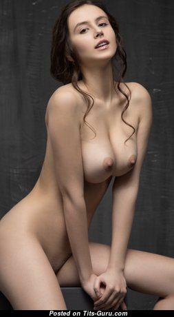 Fine Brunette Babe with Fine Exposed Natural Boobie & Red Nipples (Sexual Photo)