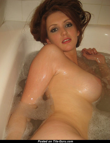Stunning Wet Gal with Stunning Nude C Size Titties (Vintage Hd Porn Image)