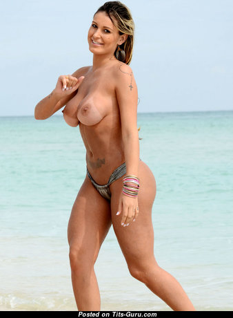 Andressa Urach - Adorable Brazilian Blonde with Adorable Defenseless Real Very Big Tittes on the Beach (Hd Xxx Image)
