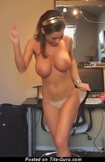 Naked awesome woman with big natural tittys gif
