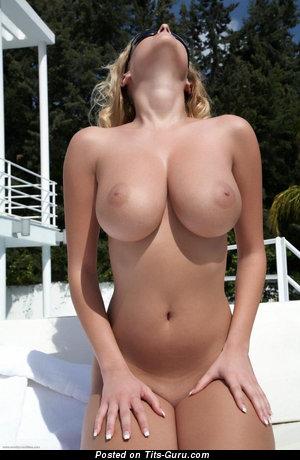 Nude nice girl with medium tots photo
