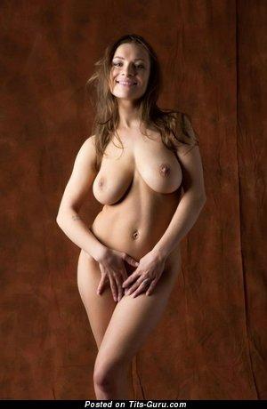 Image. Daisy Van Heyden - hot female image
