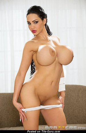 Ami Anderssen - Marvelous Brunette Babe with Marvelous Open Silicone Very Big Boobys (Xxx Pic)