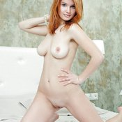 Hot lady with medium natural tittes image