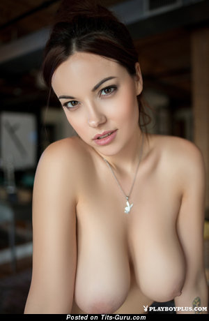 Elizabeth Marxs - sexy naked brunette with medium natural boobies image