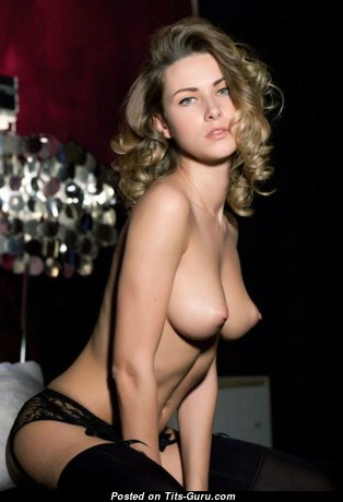 Good-Looking Topless & Glamour Blonde with Huge Nipples (Sexual Pic)