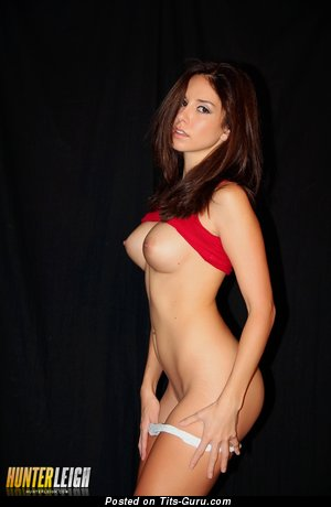 Hunter Leigh - Beautiful American Red Hair with Beautiful Open Round Fake Soft Boobies (Hd Sex Pix)