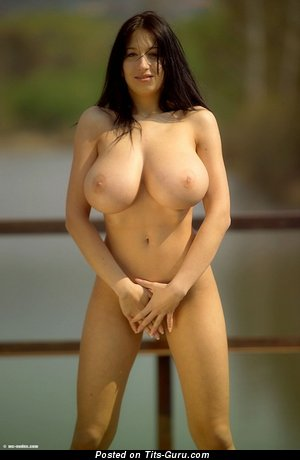 Image. Amazing girl with natural tittys image