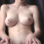Awesome girl with big natural tittes pic