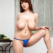 Hitomi Tanaka - amazing girl with huge natural breast pic