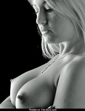 Good-Looking Blonde with Good-Looking Exposed Real Med Melons (18+ Pic)