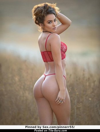 Sommer Ray - Yummy Non-Nude & Glamour Red Hair Babe with Handsome Natural Boobs & Sexy Legs in Panties & Lingerie (Xxx Pix)