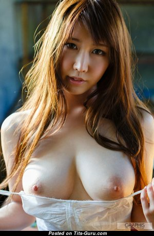 Marvelous Babe with Marvelous Bare Natural Normal Breasts (Hd Porn Foto)