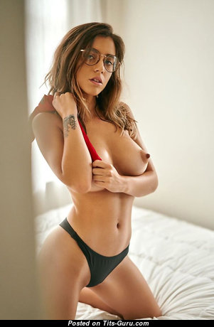 Exquisite Unclothed Babe (Sexual Foto)