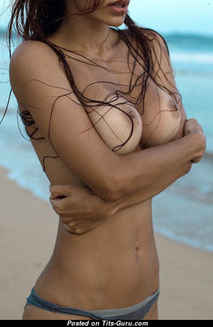 Mary Shum - The Best Wet & Topless Brunette Babe with The Best Nude Natural Medium Titty on the Beach (Hd Xxx Foto)