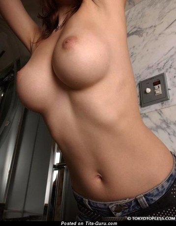 Image. Nude nice woman with medium tittes picture