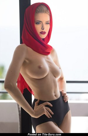 Maya Dmitrieva - Sweet Russian Blonde with Sweet Exposed Real Boobys (Hd Sexual Foto)