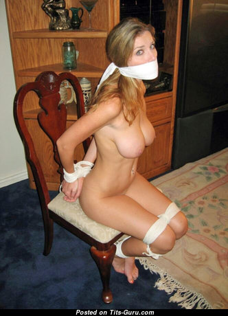 The Nicest Undressed Blonde (Porn Pic)