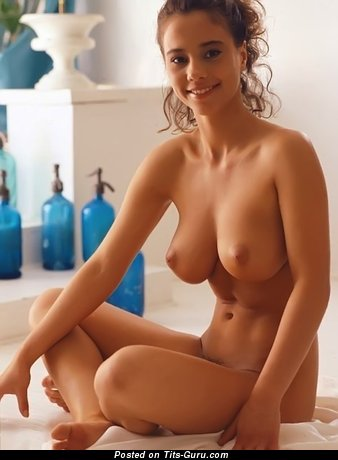 Stunning Babe with Stunning Exposed Real Medium Titty (Sex Wallpaper)