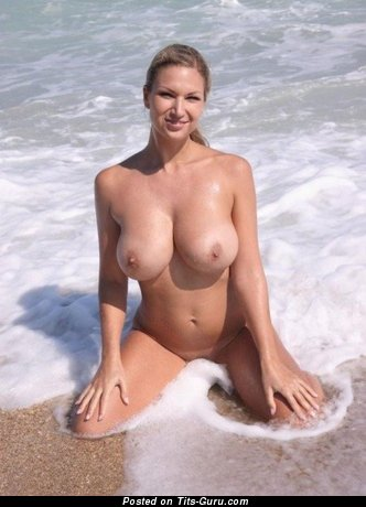 Image. Naked wonderful lady with big natural tits picture