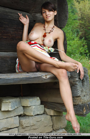 Image. Naked amazing female picture
