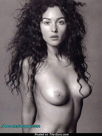 Image. Monica Bellucci - awesome woman with medium natural boob photo