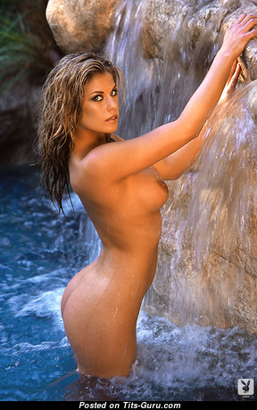 Aimee Chuhaloff - Pretty Wet Undressed American Blonde Babe (Porn Pic)