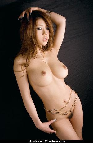 Haruka Sanada - naked asian with medium tittes picture