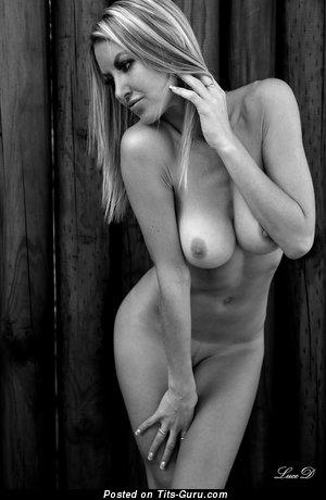 Фотка офигенной голой девушки