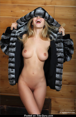 Image. Danica - naked beautiful female with natural breast picture