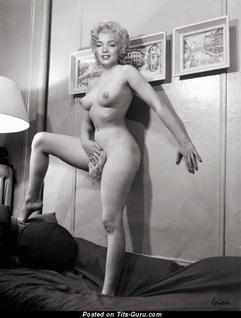 Marilyn Monroe - Grand Topless American Playboy Blonde Singer & Actress with Grand Naked Natural Dd Size Boobies & Big Nipples (Vintage Hd Sexual Pix)