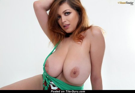 Tessa Fowler - Superb Topless American Playboy Red Hair Girlfriend with Superb Naked Real Monstrous Boobie & Pointy Nipples in Bikini (Hd Xxx Picture)