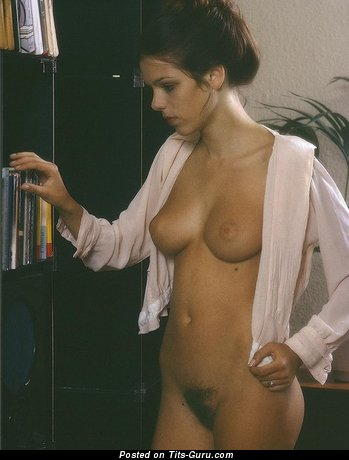 Image. Naked awesome woman with natural breast image