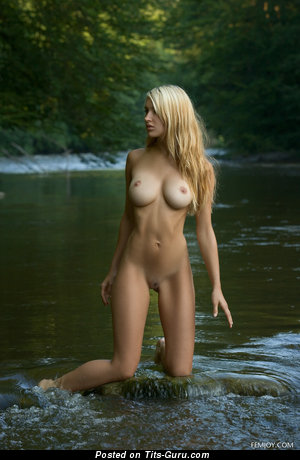 Daniela Rosch - sexy topless blonde with medium tittes image