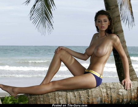 Keeley Hazell - nude brunette with medium natural boobs photo