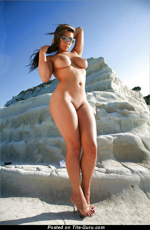 Image. Naked amazing female with big tittes pic