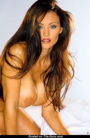 Elegant Unclothed Babe (Hd Porn Wallpaper)