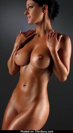 Fascinating Naked Brunette Babe is Doing Fitness (18+ Pix)