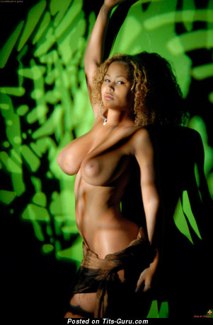 Image. Louis De Mirabert - naked ebony with big natural breast pic