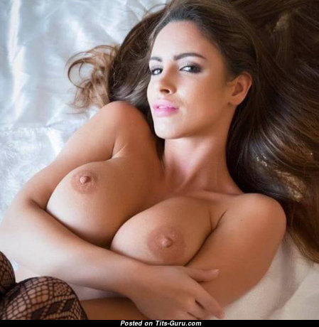 Beautiful Topless Brunette Babe with Beautiful Nude Dd Size Tittys (Porn Photo)