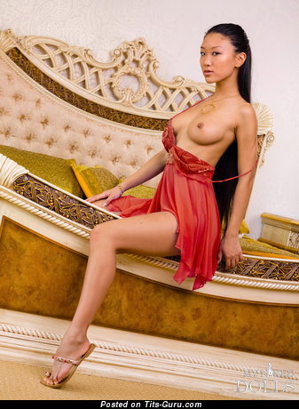 Image. Mariko - nude asian with natural boob photo