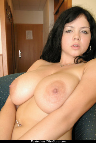 Deborah - Marvelous Girlfriend & Babe with Marvelous Bald Natural Tits & Weird Nipples (Sex Image)