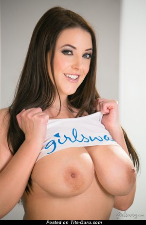 Image. Angela White - naked nice female with big natural tots picture