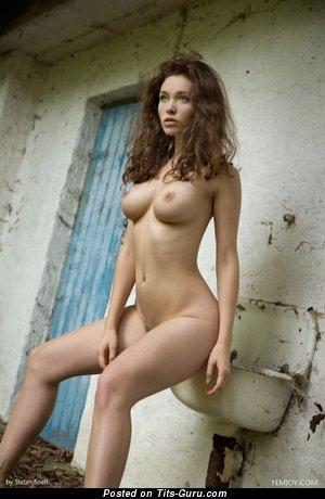 Image. Naked awesome woman with natural tittes photo