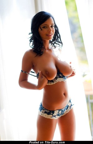 Image. Stella Jones - sexy naked brunette with big natural boobies picture